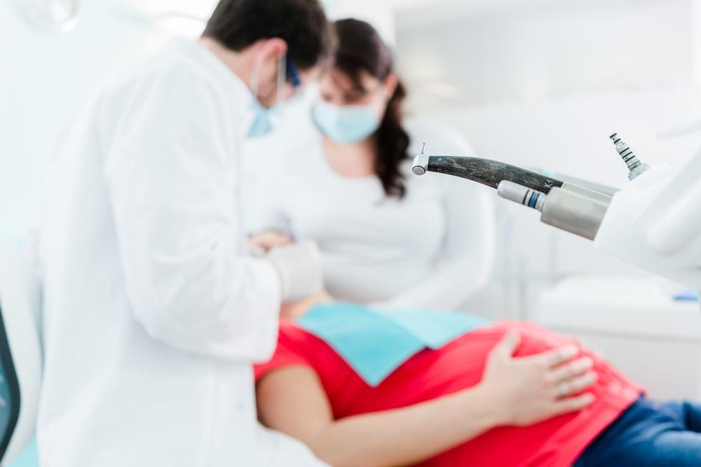 Стоматологическая помощь во время беременности