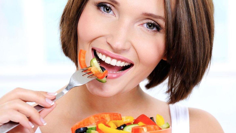 Какие продукты вредны для зубов?